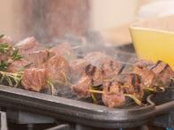 Marinated Beef Tenderloin Skewers with Mustard Horseradish Cream