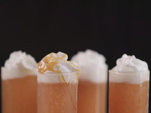 Apple Crisp Rum Shooter