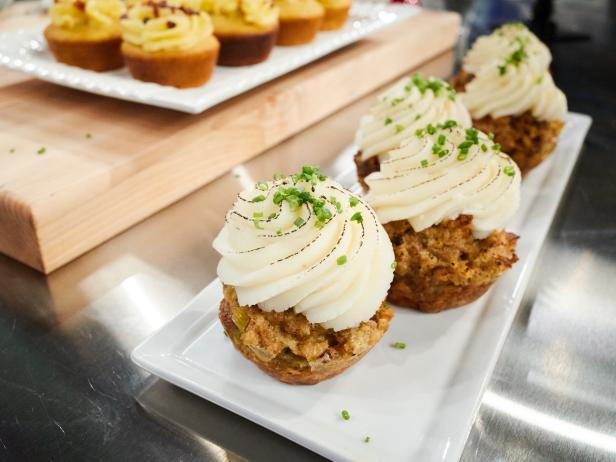 Stuffing Cupcakes