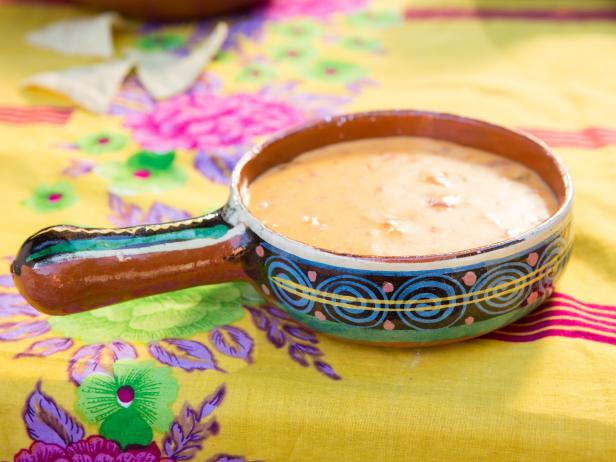Slow Cooker Texas Queso