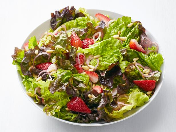 Salad with Pickled Strawberries