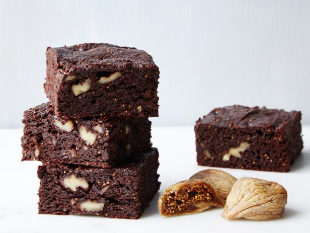 Fruit-Sweetened Fig and Walnut Brownies