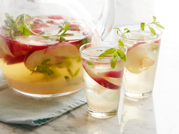 White Peach, Tarragon and Bubble Sangria