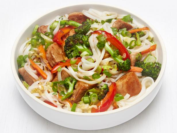 Rice Noodles with Pork and Ginger Vegetables