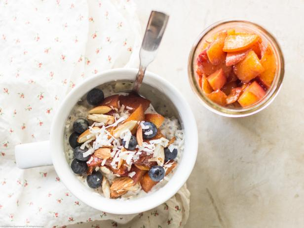 Peach Compote Overnight Oats