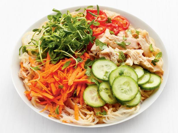 Peanut Noodle Bowls with Chicken