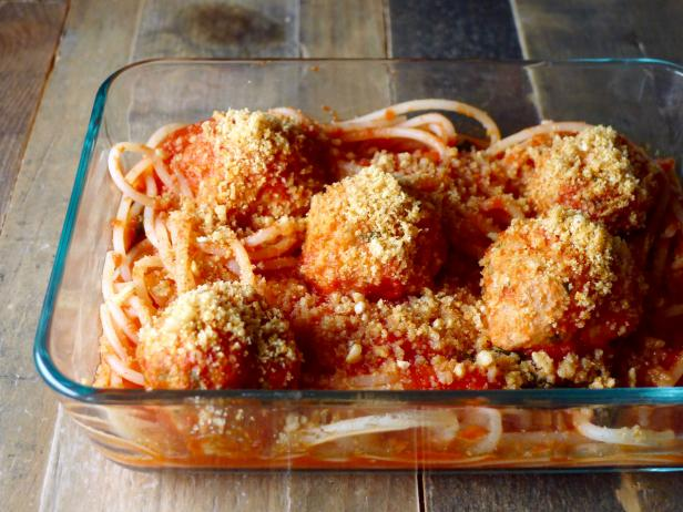 Gluten-Free Spaghetti and Meatballs with Garlic Crumb Topping