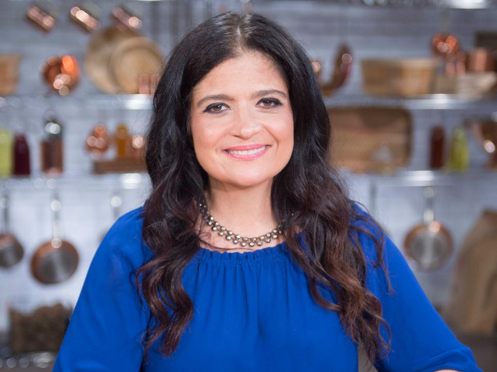 The Kitchen Food Network Cast cooks vs. cons | food network