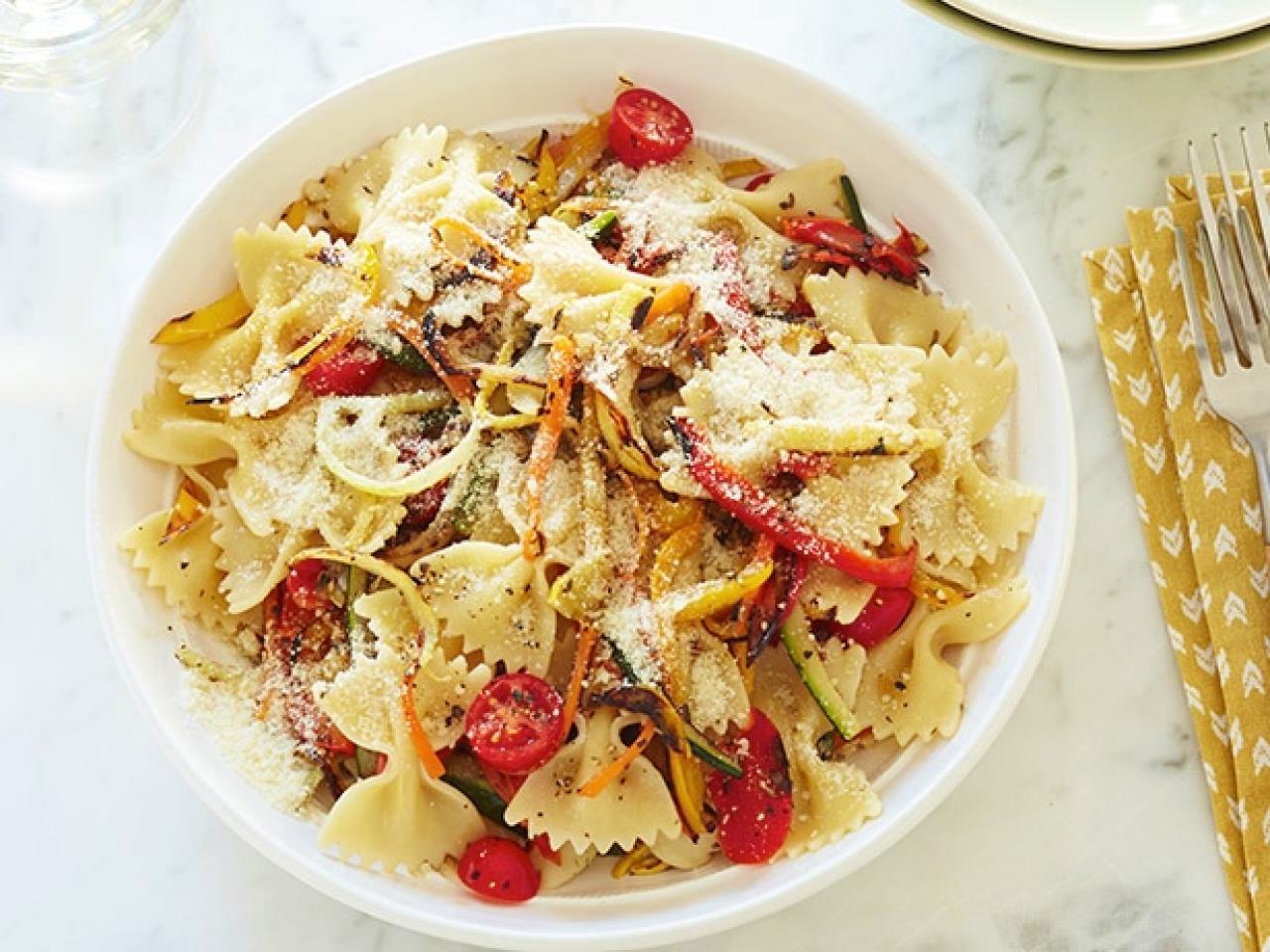 Giadas 10 best summer pasta recipes fn dish behind the scenes giadas 10 best summer pasta recipes forumfinder Choice Image