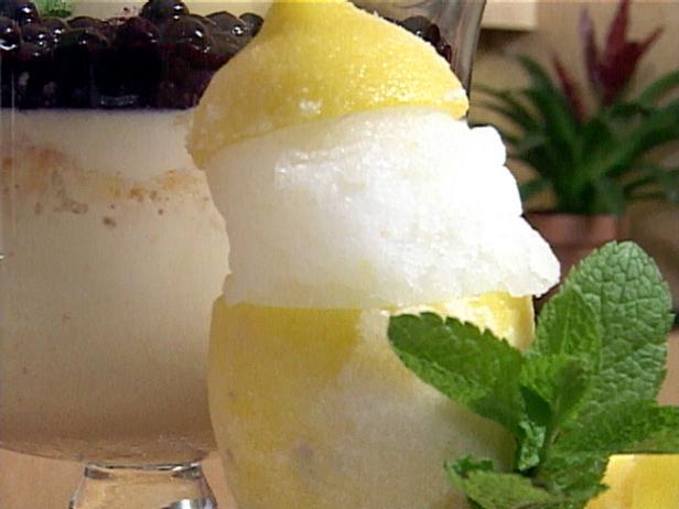 Lemon-Ginger Ice in Lemon Cups