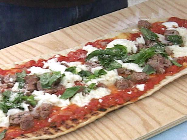 Pizza on the Grill with Sausage and Mozzarella