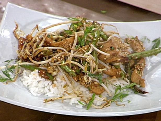 Emerils chicken stir fry with green beans recipe food network emerils chicken stir fry with green beans forumfinder Gallery