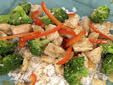 Stir-Fried Chicken with Broccoli, Water Chestnuts and Peppers