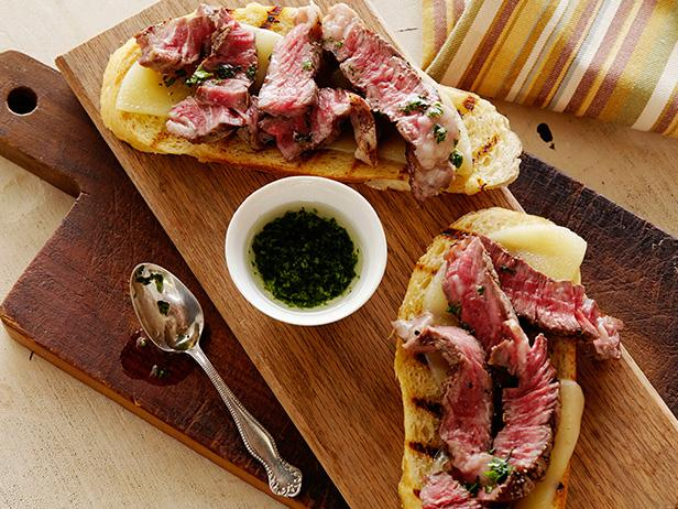 mini-open-faced-steak-sandwiches-recipe