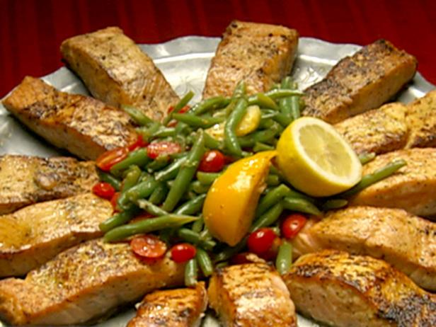 Pan Seared Salmon with Haricots Verts Salad