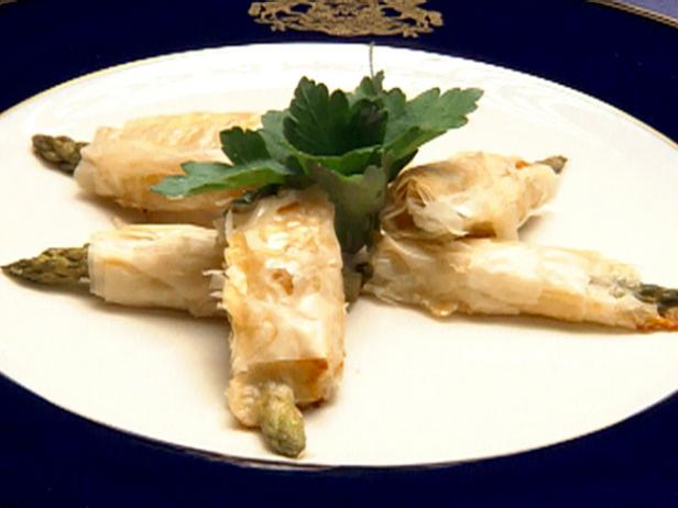 Brie and Asparagus in Phyllo