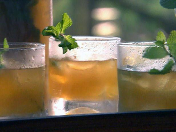 Stonefruit and Mint Julep