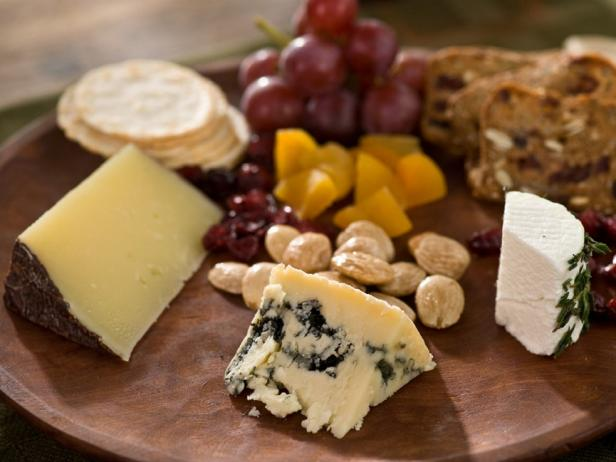 Christmas Cheese Board Ideas.How To Set Up A Cheese Platter Recipes And Cooking Food