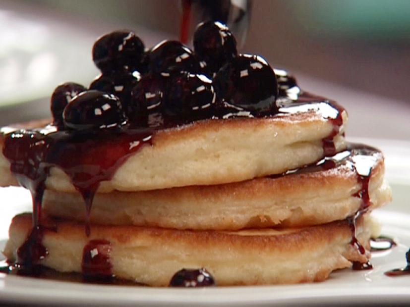Cakey buttermilk pancakes recipe aida mollenkamp food network watch forumfinder Images