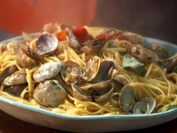 Cherry Tomato Red Clam Sauce with Linguini