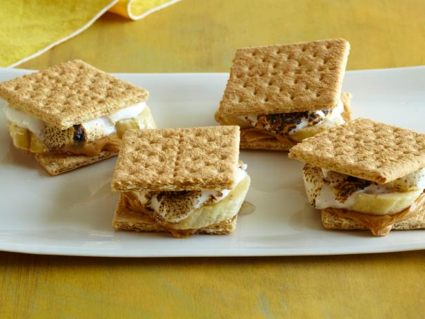 Grilled Banana S'Mores