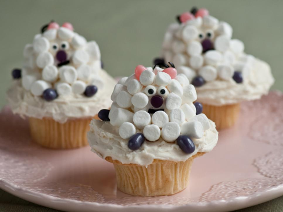Cute easter cupcakes food network for Cute cupcake decorating ideas for easter