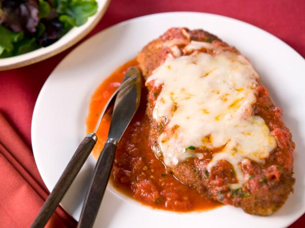 Chicken parmesan recipe food network kitchen food network chicken parmesan forumfinder Choice Image
