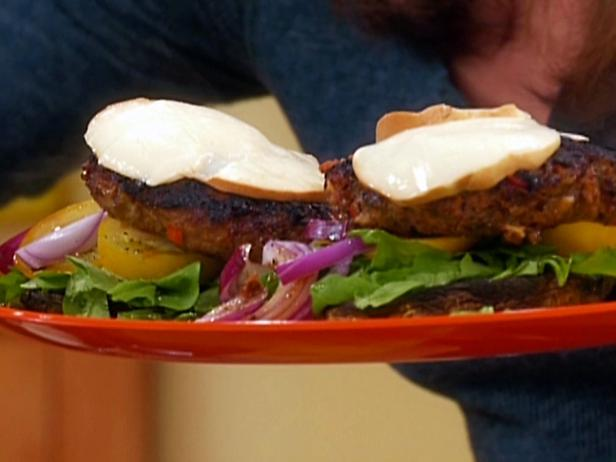 Turkey Cacciatore Burgers On Portobello Buns Recipe Rachael Ray Food Network