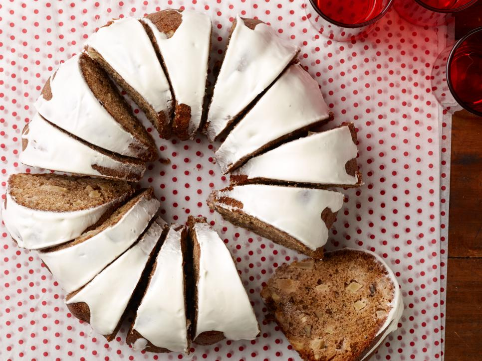 Spiced Apple Walnut Cake With Cream Cheese Icing