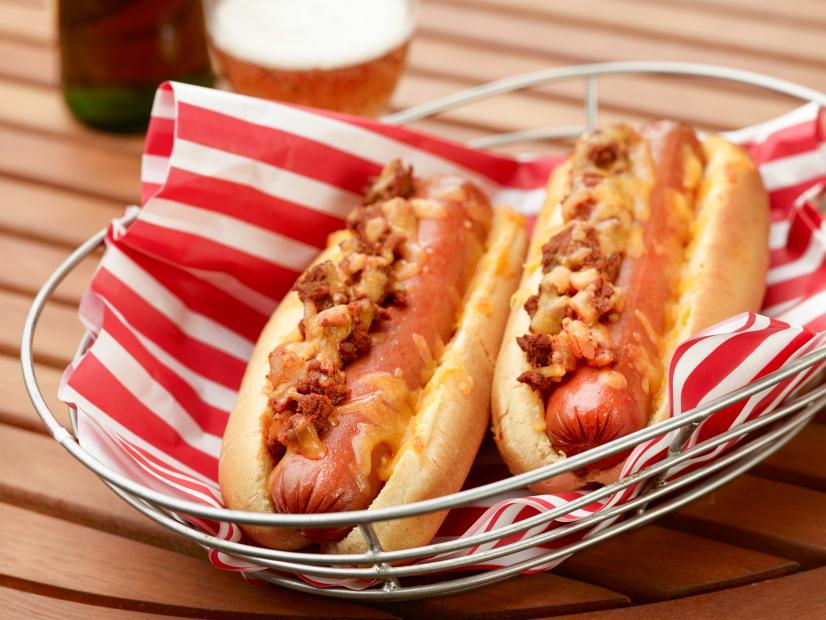 How To Make Chili Cheese Hot Dogs