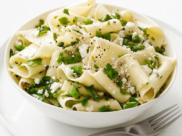 Pappardelle With Snap Peas