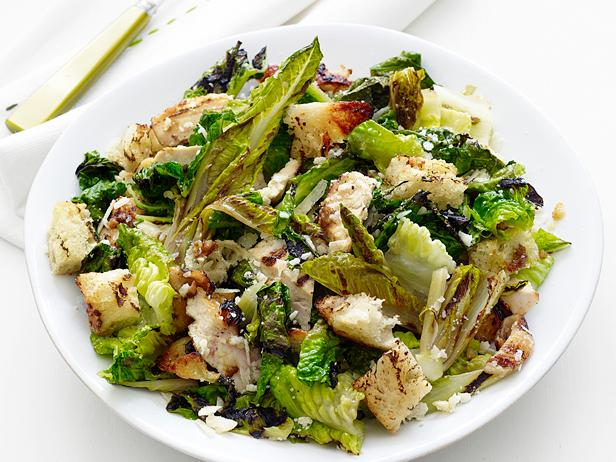 Grilled Chicken Caesar Salad_9.tif