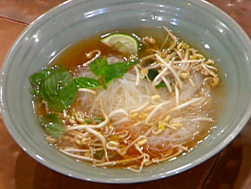 Pho Ga Vietnamese Chicken Noodle Soup Recipe Food Network