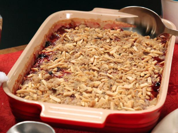 Cranberry Almond Crumble
