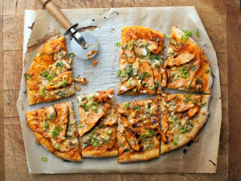 Wingless Buffalo Chicken Pizza