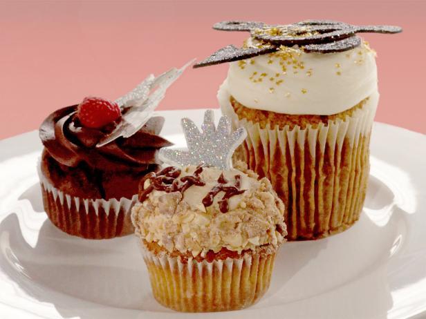 24 karrot gold cupcakes recipe food network 24 karrot gold cupcakes forumfinder Choice Image