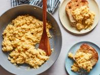 Sunny's Perfect Scrambled Cheesy Eggs
