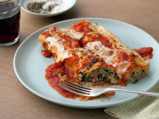 Lasagna rolls recipe giada de laurentiis food network lasagna rolls forumfinder Image collections