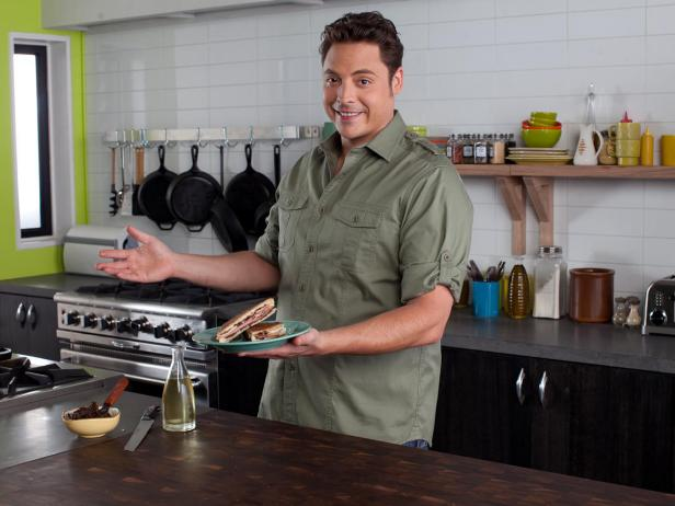 Jeff Mauro Talks To Fans On Facebook Fn Dish Behind The