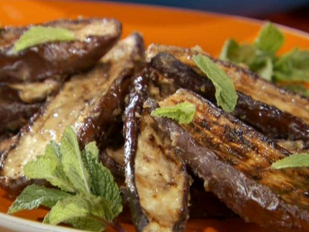 Miso glazed grilled japanese eggplant recipe bobby flay for Aubergine cuisine