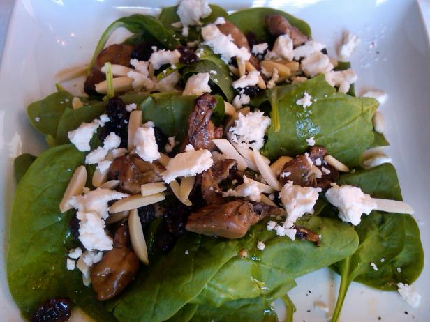 spinach and oyster salad