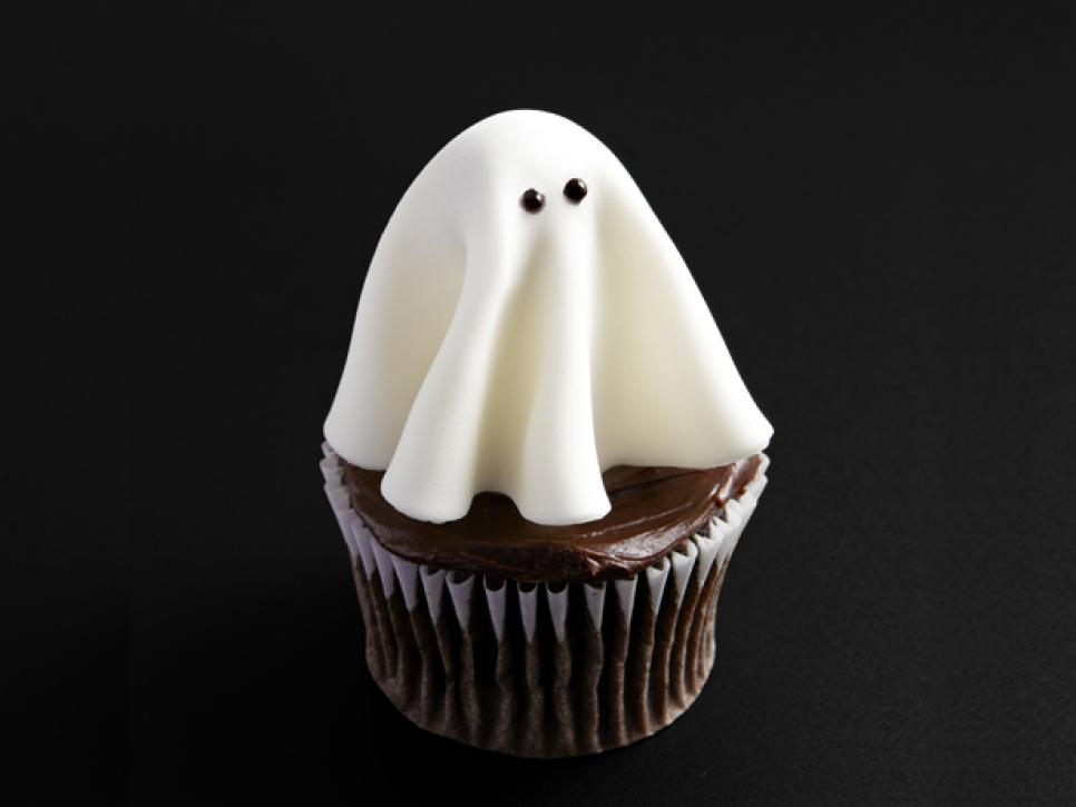 In The Spirit Spooky Halloween Treats Recipes Dinners