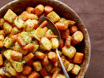 Christmas recipes dinners desserts and cocktails food network bountiful veggies 11 photos forumfinder Image collections