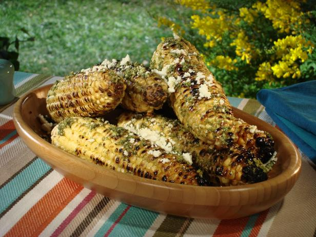 Grilled Corn on the Cob with Cilantro Pesto