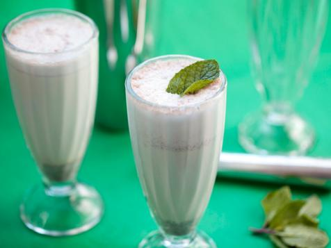 Adult Shamrock Mint Shake (The Irish Pirate)
