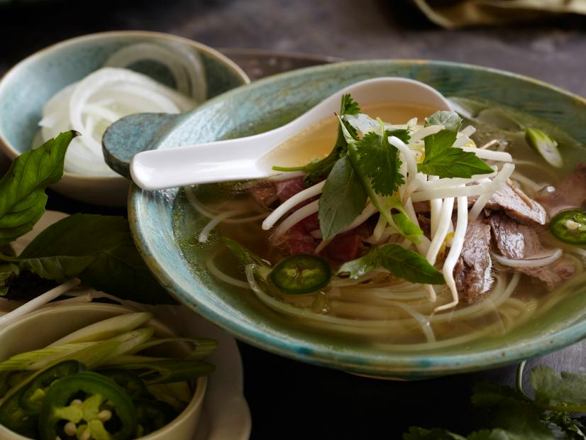 Vietnamese Pho Rice Noodle Soup With Beef Recipe Food Network