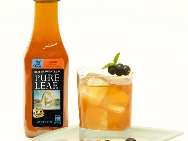 Peach Blueberry-Basil Iced Peach Tea