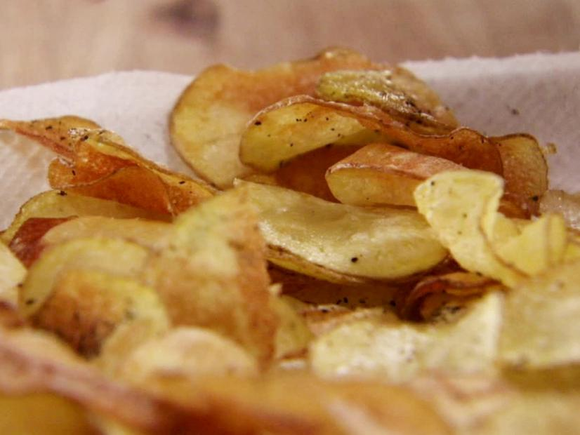 homemade black pepper potato chips recipe ree drummond food network