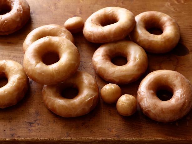 Homemade glazed doughnuts recipe ree drummond food network homemade glazed doughnuts forumfinder Choice Image