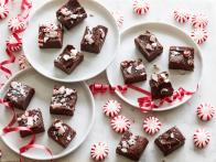 Quick and Easy Peppermint Fudge